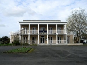 http://demitourdefrance.fr/files/gimgs/th-22_hotel_romain.jpg