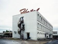 http://demitourdefrance.fr/files/gimgs/th-51_hotel_v2.jpg