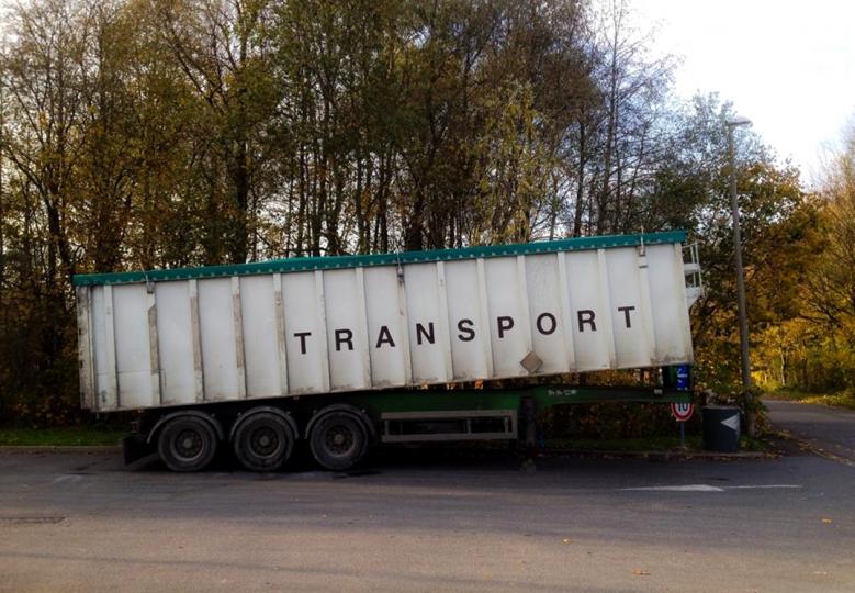 https://demitourdefrance.fr:443/files/gimgs/th-10_camion_transport.jpg